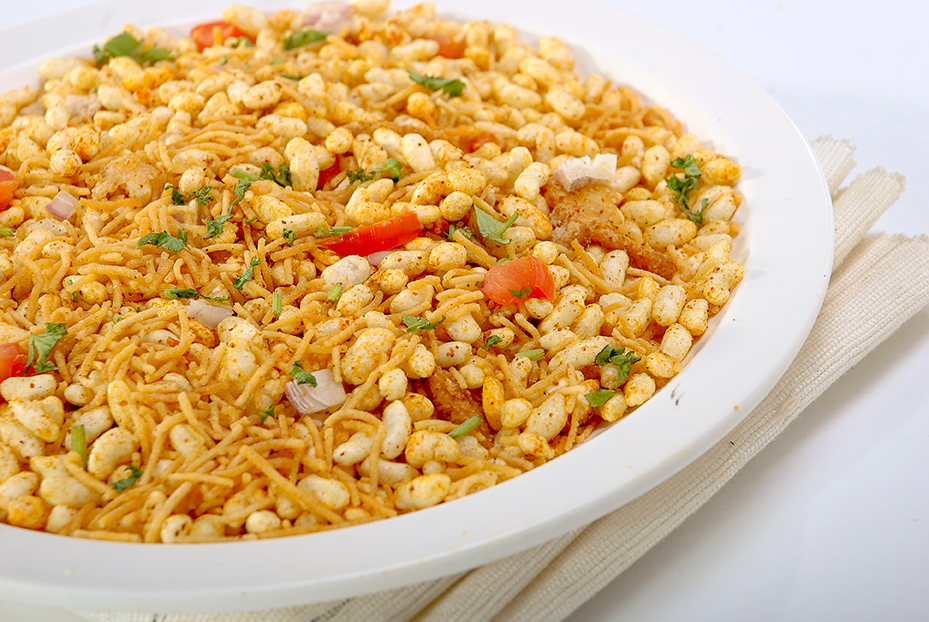 Here's a trick to make Bhel Puri, a healthy snack!