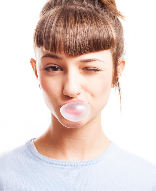 Gum chewing: helpful or harmful?
