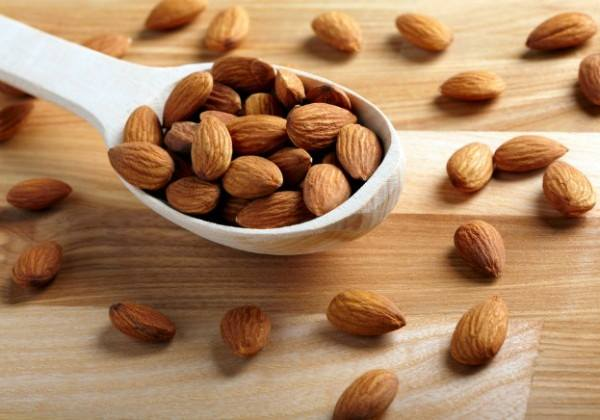 Almonds can help you lose weight!