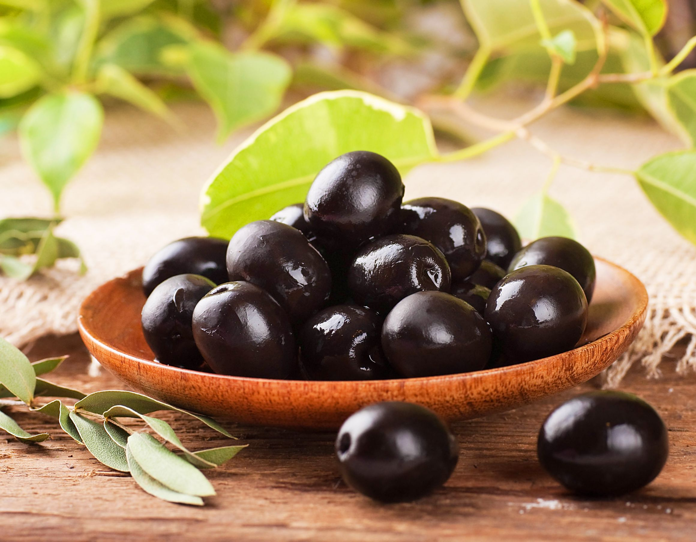 Battling Cholesterol? Add Black Olives to your Diet